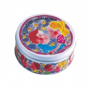 Round candle tin box for kisses by candle light